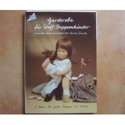 Garderobe für Stoff-Puppenkinder