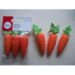 Karotte aus Watte